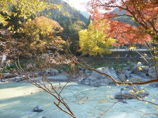 秋を感じに、御岳渓谷へ!_b0023328_1951319.jpg