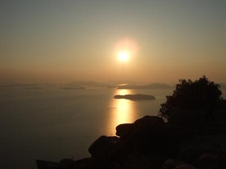 王子ガ岳(岡山)ボルダリング 参加5名。_d0007657_13121511.jpg