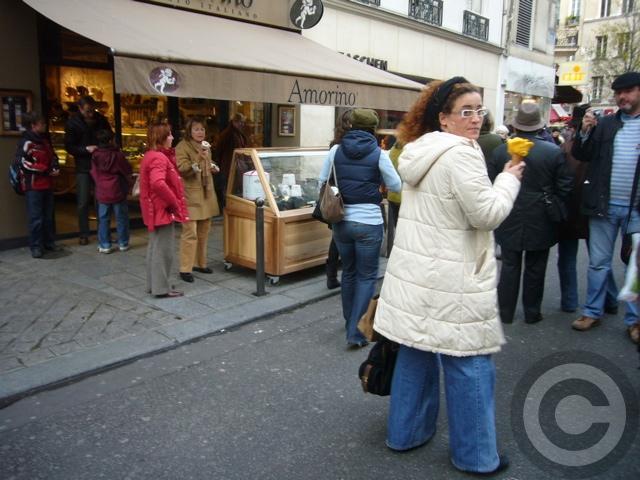 ■街角のアイスクリーム(パリ)_a0014299_815525.jpg