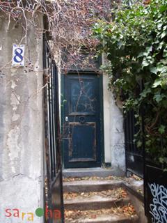 8 rue Yvonne le tac_b0114120_8443657.jpg
