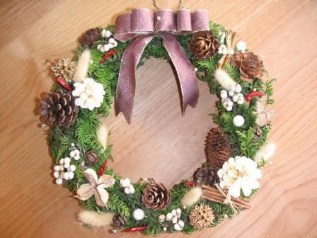 クリスマスリース_e0117783_23175797.jpg