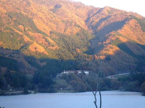 秋の紅葉を満喫して、自然にどっぷりつかる贅沢!_f0094800_14245047.jpg