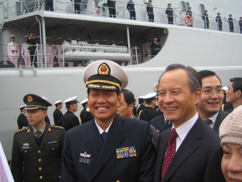 中国海軍の初訪日 東京晴海埠頭の写真 張景子撮影_d0027795_21535576.jpg
