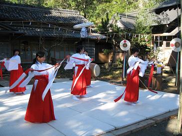 熊野神社秋の大祭_e0101917_747276.jpg