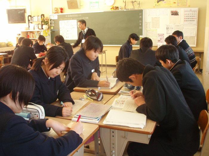 中学の公開授業_c0116915_18432220.jpg