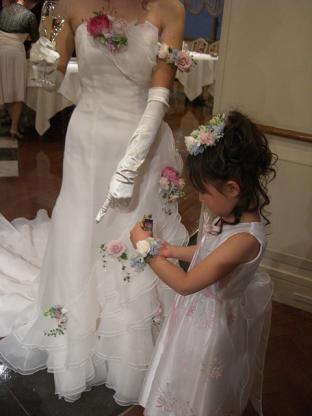 今日は3人の結婚式♪_b0105897_1355950.jpg