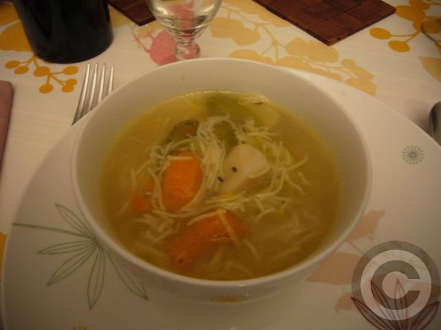 ■友人宅での夕食(パリ)_a0014299_2248413.jpg