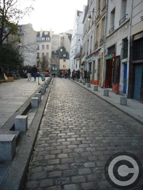 ■変貌するパリの店たち・・・_a0014299_849358.jpg