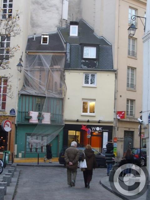 ■変貌するパリの店たち・・・_a0014299_8495169.jpg