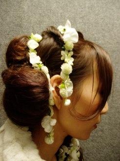 ガーランドの髪飾り_d0104091_12173826.jpg