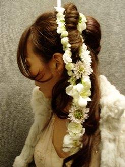 ガーランドの髪飾り_d0104091_12175079.jpg