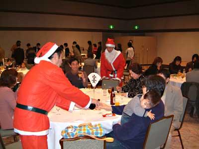 住宅プロデュースのザウスが、「クリスマスパーティー」を開催。_c0093754_16103875.jpg