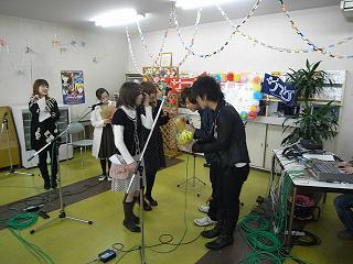 サスケ出張ライブ in 鈴鹿短期大学_e0013944_3281452.jpg