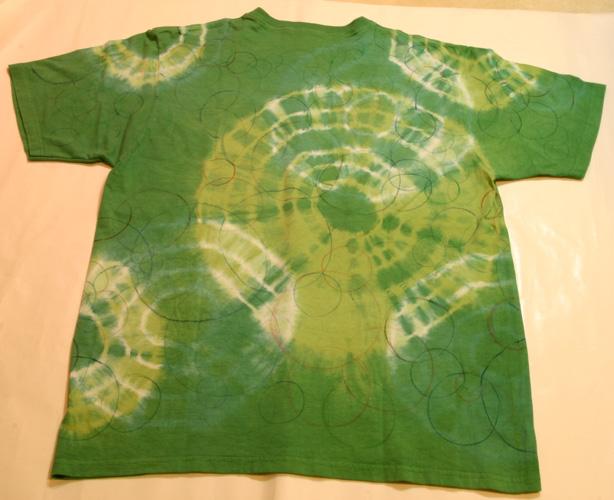 2007-43 染めと手描きサークルのTシャツ_e0104046_1531145.jpg