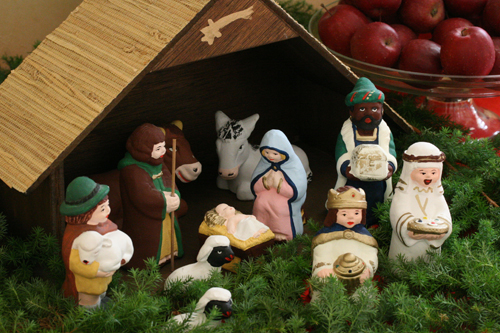 nativity set_f0127281_22324193.jpg