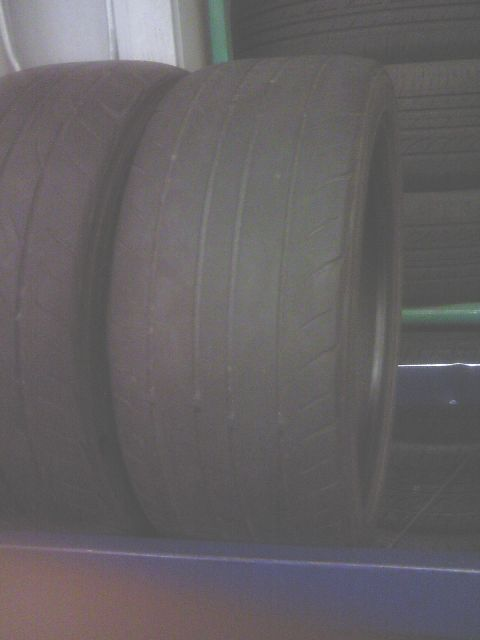タイヤに注意!_f0128542_10514198.jpg