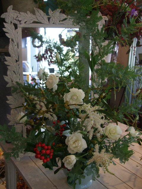オークリーフ花の教室(望月さん(上)と大森さん(下)の作品)_f0049672_170421.jpg