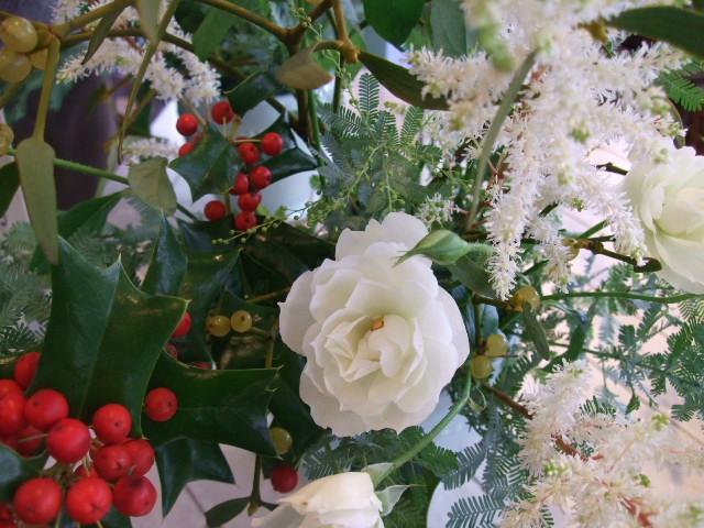 オークリーフ花の教室(望月さん(上)と大森さん(下)の作品)_f0049672_1732710.jpg