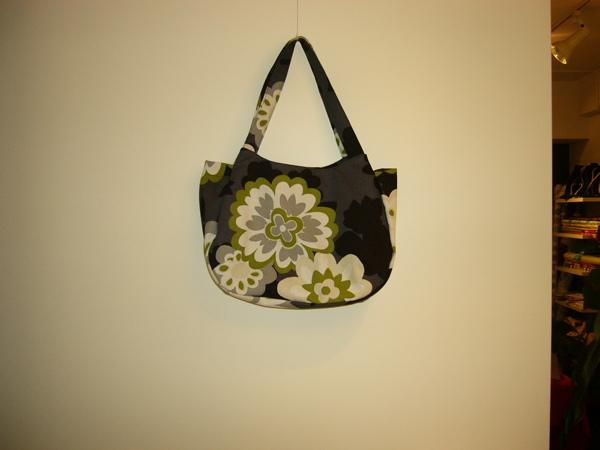 オリジナルバッグの新作です_e0112378_151317.jpg