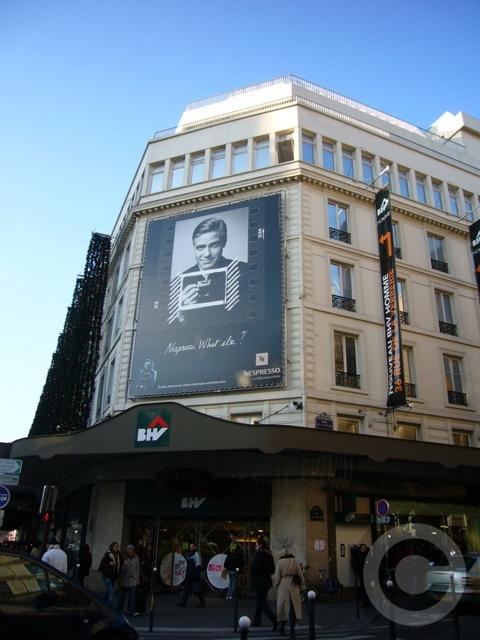 ■街角の広告(パリ)_a0008105_8515273.jpg