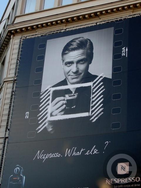 ■街角の広告(パリ)_a0008105_852159.jpg