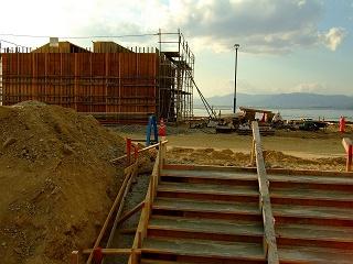 ベイサイドビーチ坂の第2期工事まもなく終了_b0095061_9461772.jpg