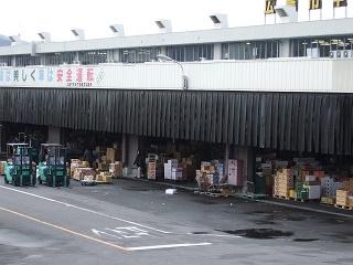 広島中央卸売市場東部市場_b0095061_12201591.jpg
