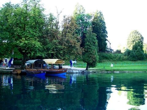 3日目(8/24):スロヴェニア アルプスの瞳「ブレッド湖」(1)_a0039199_2317462.jpg