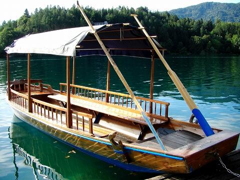3日目(8/24):スロヴェニア アルプスの瞳「ブレッド湖」(1)_a0039199_23181447.jpg