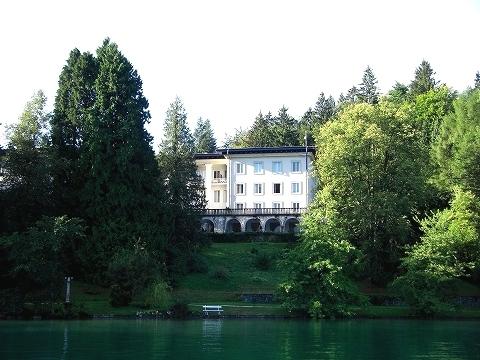 3日目(8/24):スロヴェニア アルプスの瞳「ブレッド湖」(1)_a0039199_23195460.jpg