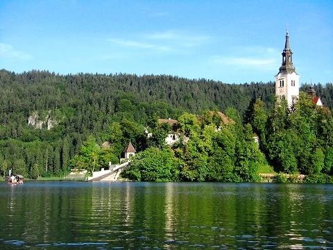 3日目(8/24):スロヴェニア アルプスの瞳「ブレッド湖」(1)_a0039199_23202389.jpg