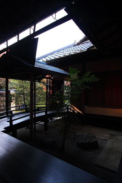 黄梅院(大徳寺塔頭)_e0051888_1813563.jpg