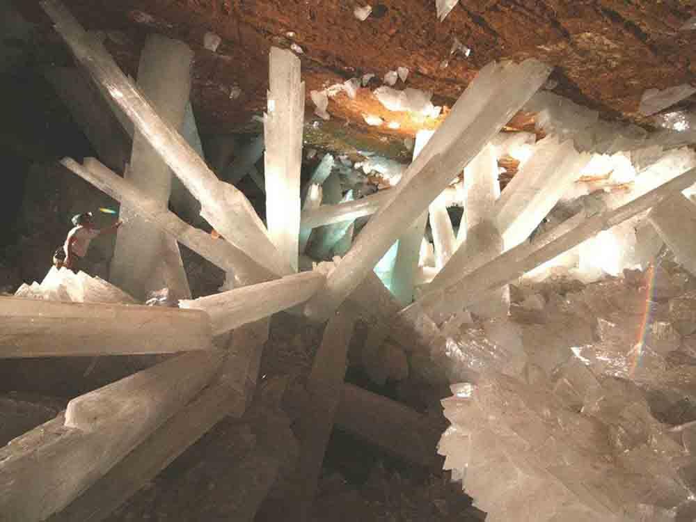 ★巨大水晶洞窟の写真(メキシコ・チワワ州ナイカ)(゚〇゚;)_a0028694_13495674.jpg