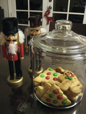 「ジャンボなクッキーが焼けるねー」と、言われたけれど・・_c0119197_1054334.jpg