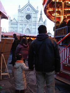 毎年恒例!サンタクローチェ広場のクリスマスマーケット_f0106597_2112954.jpg