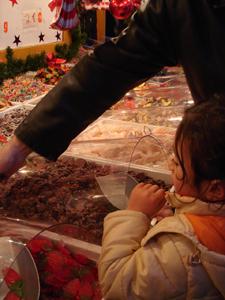 毎年恒例!サンタクローチェ広場のクリスマスマーケット_f0106597_21213357.jpg