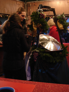 毎年恒例!サンタクローチェ広場のクリスマスマーケット_f0106597_21231764.jpg