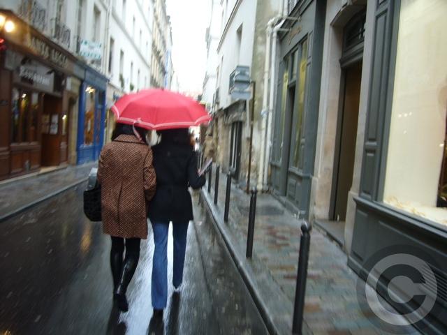 ■雨のパリ・・・_a0008105_0184784.jpg