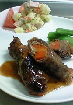 牛肉の野菜巻き炒め♪_f0116812_19433573.jpg