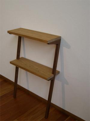 コンソールテーブル (飾り棚)_e0115686_11312237.jpg