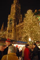 本場ドイツの、クリスマスマーケット_b0053082_1902168.jpg