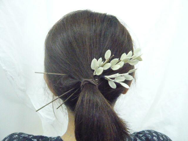 花時間1月号 和装につけたい「花の髪飾り」後編_a0042928_2213135.jpg
