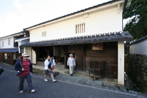 伊予行き 29:内子町 8 町家資料館_e0054299_13471768.jpg