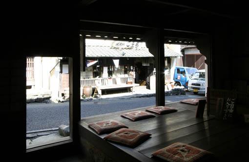 伊予行き 29:内子町 8 町家資料館_e0054299_1348257.jpg