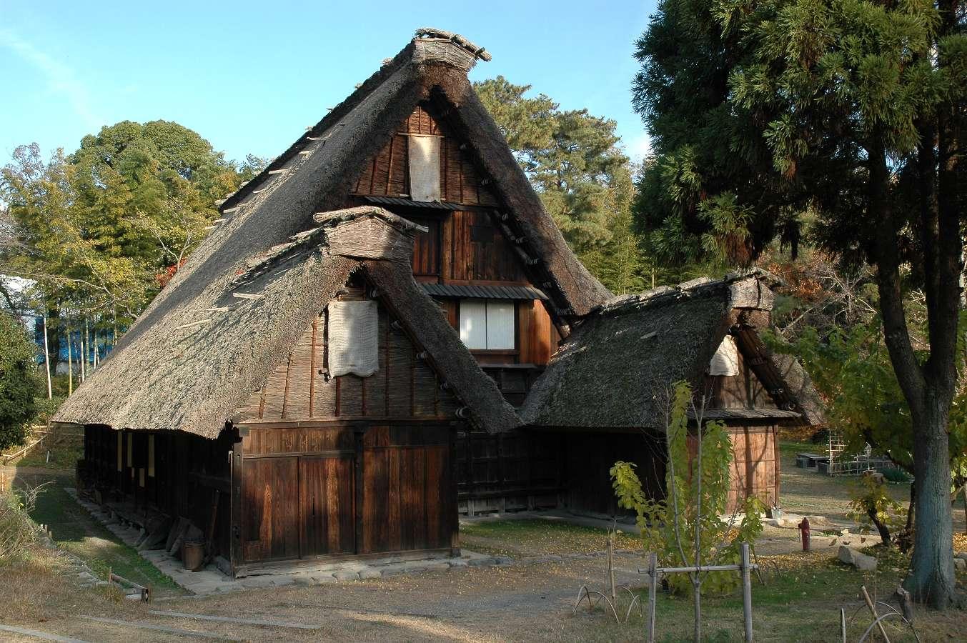 日本民家集落へ_b0069128_019740.jpg