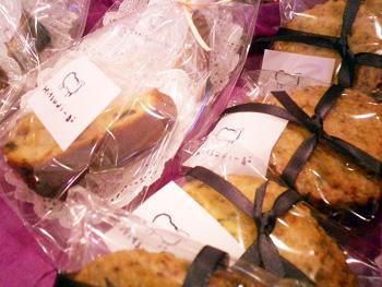 再度告知 ひつじ堂さんの焼き菓子&MACHIKOカードがセットになったクリスマスセット☆_a0043747_17958100.jpg