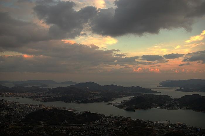 鳴滝山から望む瀬戸内海_c0152379_20492118.jpg
