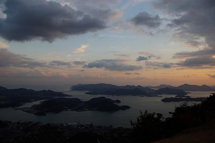 鳴滝山から望む瀬戸内海_c0152379_21495398.jpg