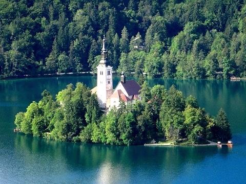 3日目(8/24):スロヴェニア アルプスの瞳「ブレッド湖」(3) ブレッド城_a0039199_20501578.jpg