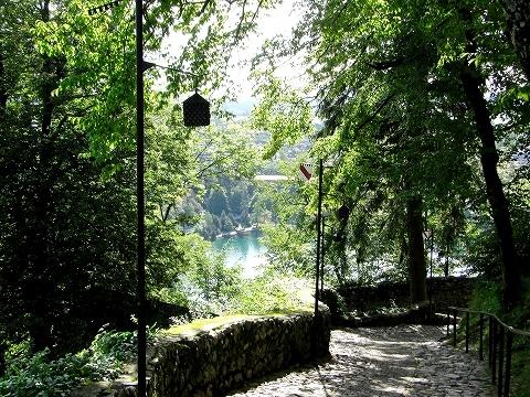 3日目(8/24):スロヴェニア アルプスの瞳「ブレッド湖」(3) ブレッド城_a0039199_20511014.jpg